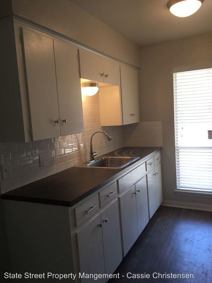 1 Bedroom 1 Bathroom Apartment for rent at 5607 Sunshine Dr in Austin, TX