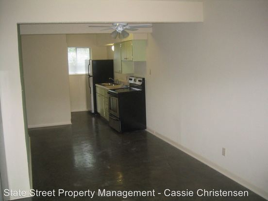 1 Bedroom 1 Bathroom Apartment for rent at 300 E 30th St in Austin, TX