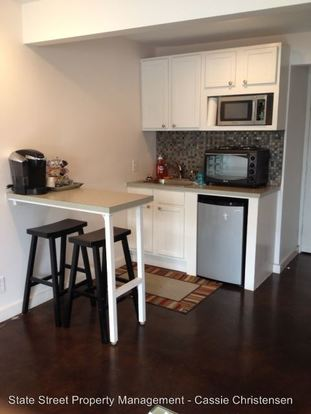 Studio 1 Bathroom Apartment for rent at 300 E 30th St in Austin, TX