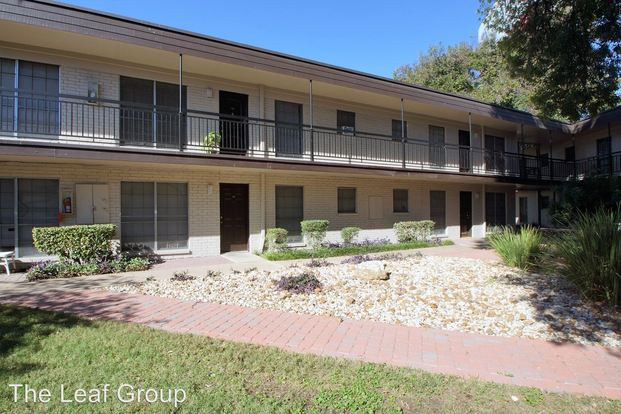 2 Bedrooms 1 Bathroom Apartment for rent at 4411 Airport Blvd in Austin, TX