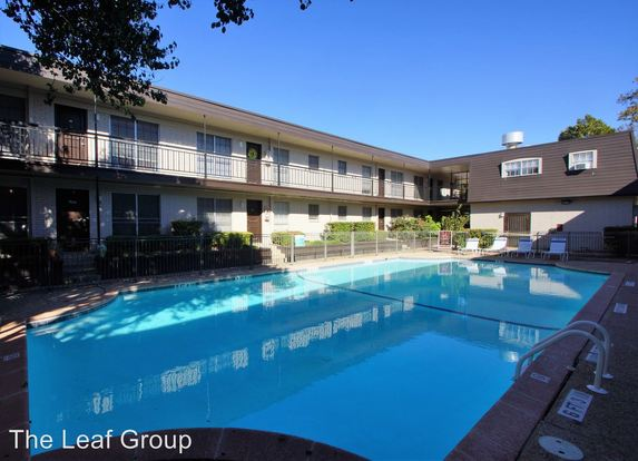 1 Bedroom 1 Bathroom Apartment for rent at 4411 Airport Blvd in Austin, TX