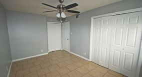 Similar Apartment at 5405 Rose Hill Circle