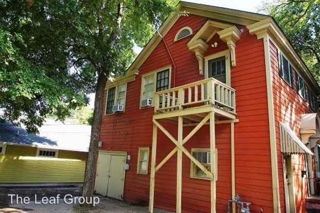 1 Bedroom 1 Bathroom Apartment for rent at 3303, 3305 Duval St. & 501 Harris Ave. in Austin, TX