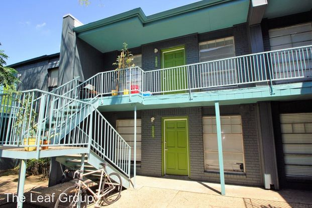 2 Bedrooms 1 Bathroom Apartment for rent at 7200 Duval St in Austin, TX
