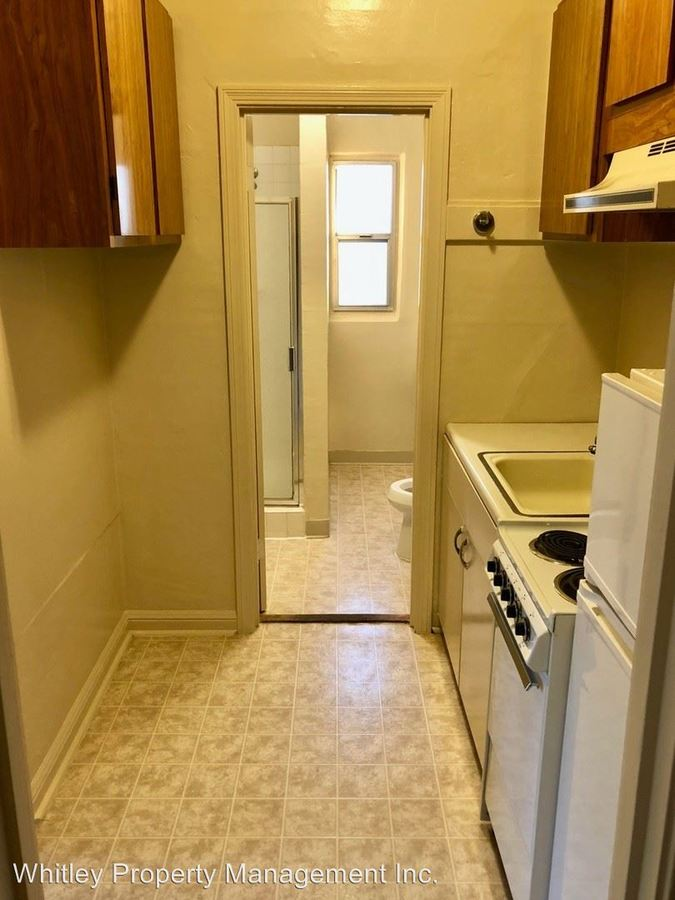Studio 1 Bathroom Apartment for rent at 1141 Whipple Ave in Redwood City, CA