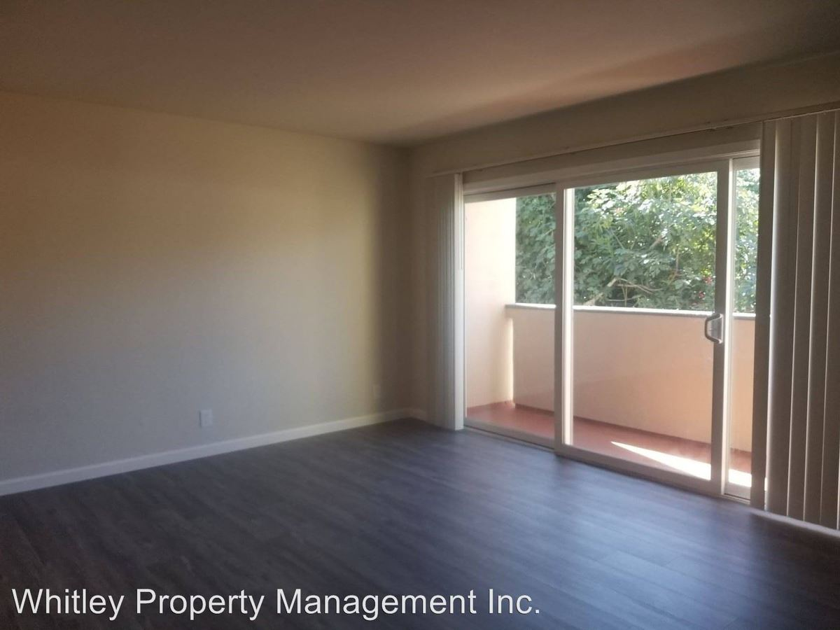 2 Bedrooms 1 Bathroom Apartment for rent at 117 Vera Ave in Redwood City, CA
