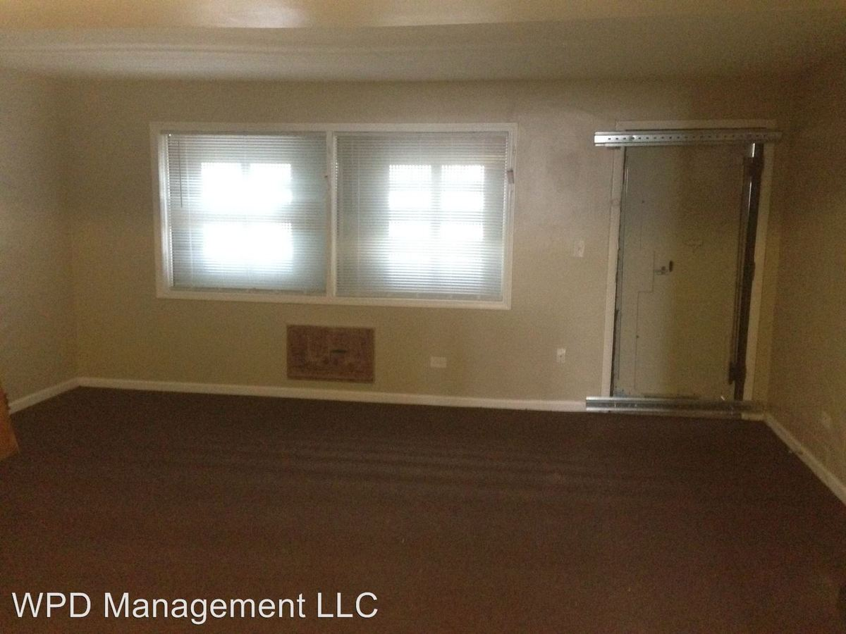 2 Bedrooms 1 Bathroom Apartment for rent at 7840 S Yates in Chicago, IL