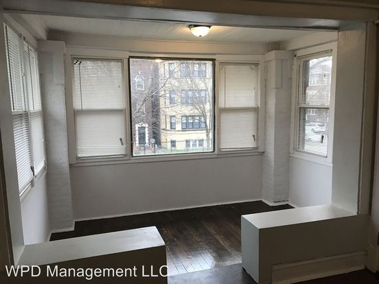 3 Bedrooms 1 Bathroom Apartment for rent at 6807 S Indiana in Chicago, IL