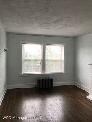 2 Bedrooms 1 Bathroom Apartment for rent at 7357 S Dorchester in Chicago, IL