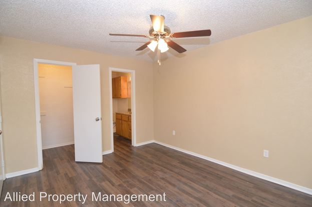 2 Bedrooms 2 Bathrooms Apartment for rent at 503 Brown Trail in Hurst, TX