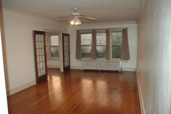 1 Bedroom 1 Bathroom Apartment for rent at 1501 N Farwell Ave in Milwaukee, WI