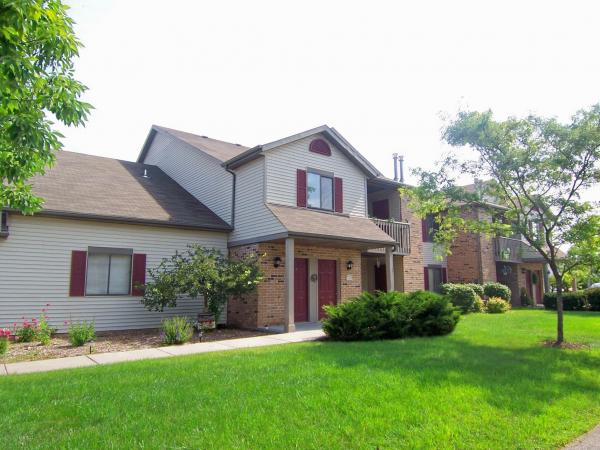2 Bedrooms 1 Bathroom Apartment for rent at Overlook Bay in Muskego, WI