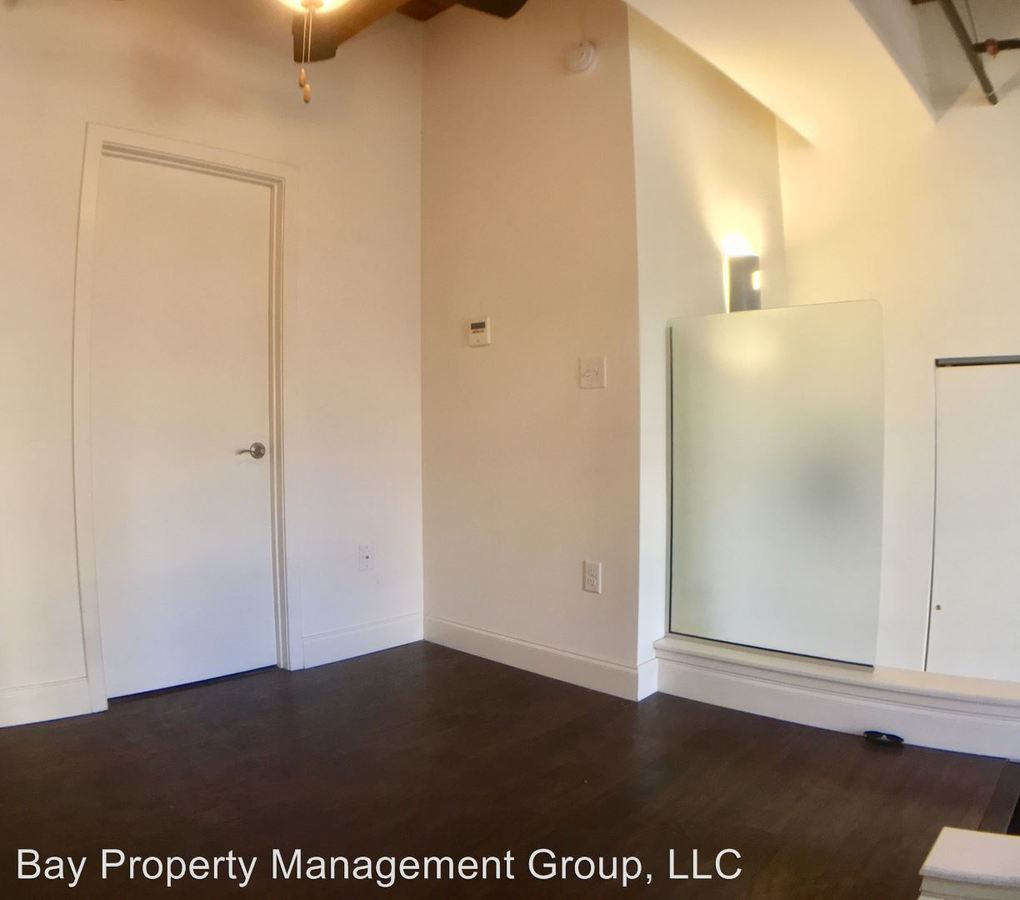 Baltimore Apartment Streets: 344 N Charles Street Baltimore, MD Apartment For Rent