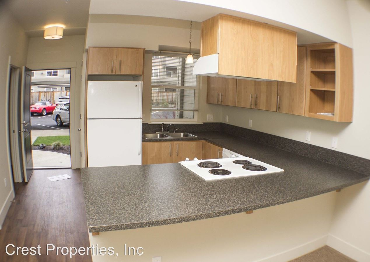 2 Bedrooms 2 Bathrooms Apartment for rent at Walnut Creek Apartments in Corvallis, OR
