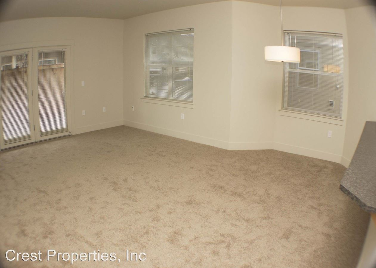 3 Bedrooms 2 Bathrooms Apartment for rent at Walnut Creek Apartments in Corvallis, OR