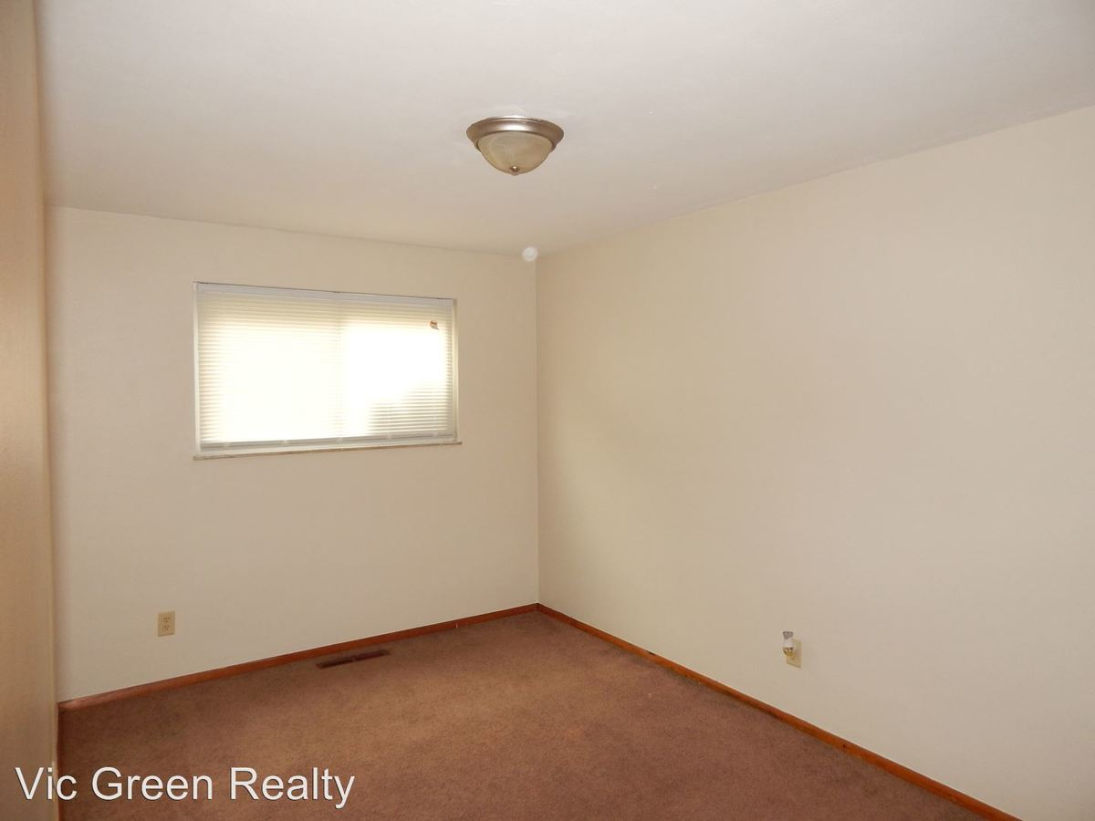 1 Bedroom 1 Bathroom Apartment for rent at 1001 Pearl St in Miamisburg, OH