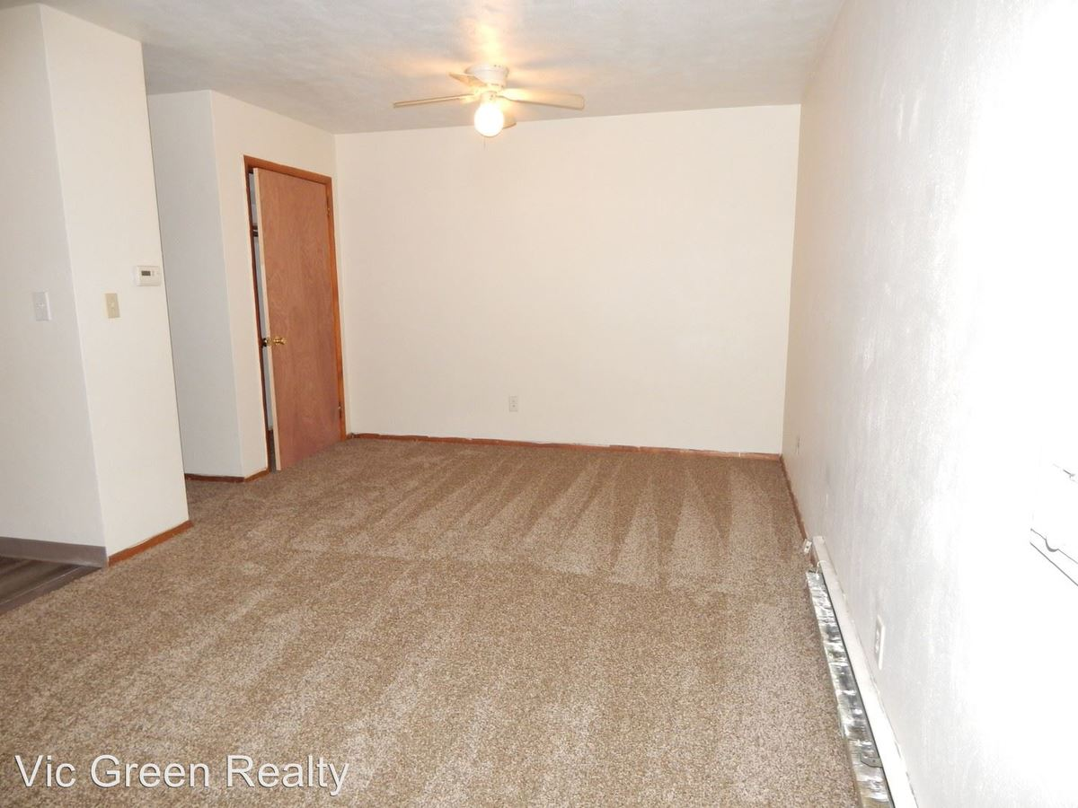 1 Bedroom 1 Bathroom Apartment for rent at 406 Cedar Dr in Fairborn, OH