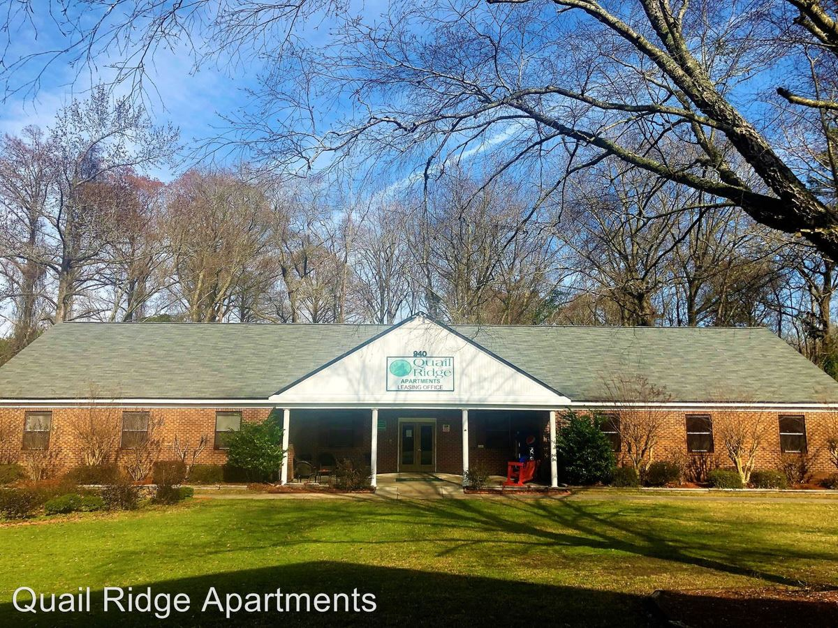 4 Bedrooms 1 Bathroom Apartment for rent at Quail Ridge Of Washington,llc 940 Runyon Road in Washington, NC