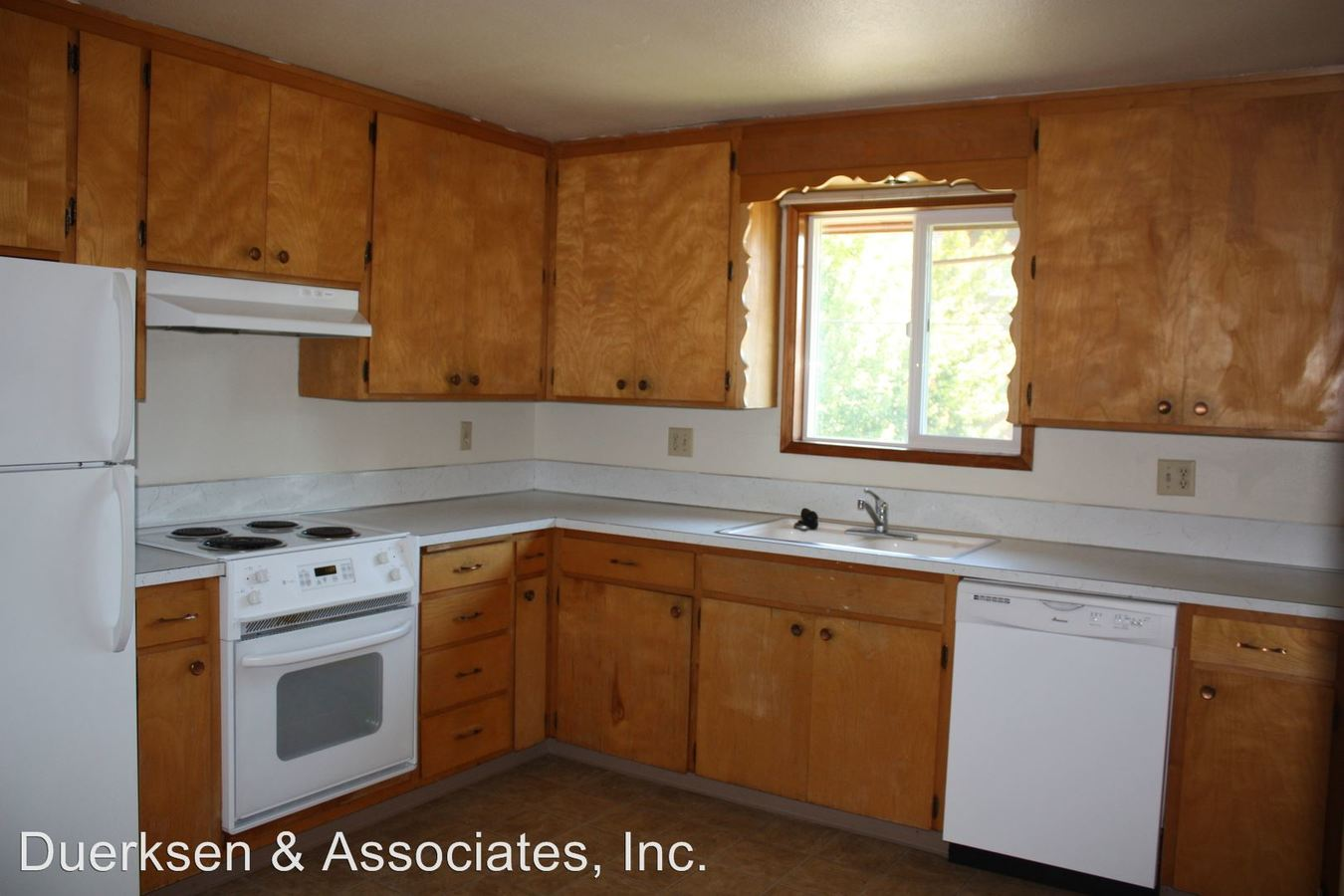 2 Bedrooms 1 Bathroom Apartment for rent at 560 Nw 19th #1-4 in Corvallis, OR