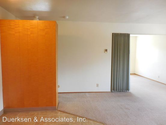 2 Bedrooms 1 Bathroom Apartment for rent at 111 113 Nw 11th in Corvallis, OR