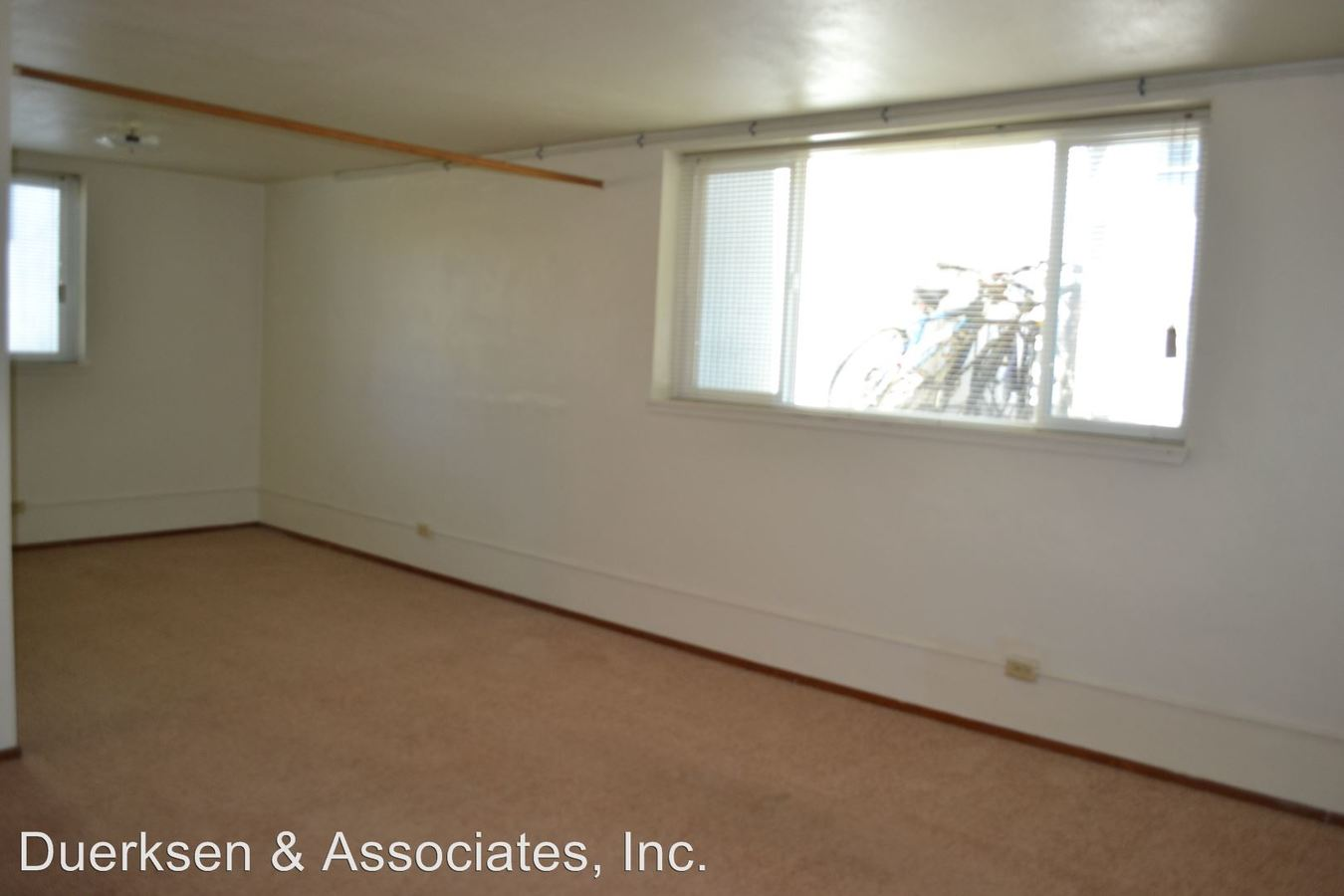 2 Bedrooms 1 Bathroom Apartment for rent at 111-113 Nw 11Th in Corvallis, OR