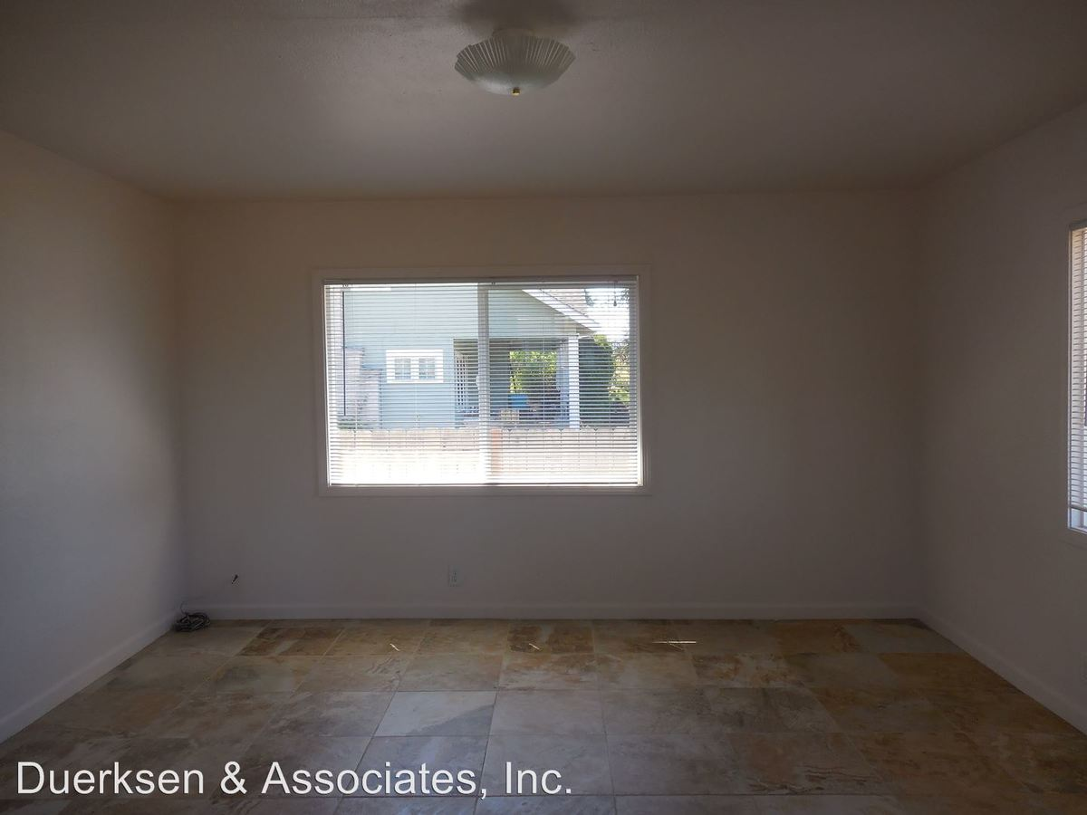 2 Bedrooms 1 Bathroom Apartment for rent at 920 - 938 Nw Sequoia in Corvallis, OR