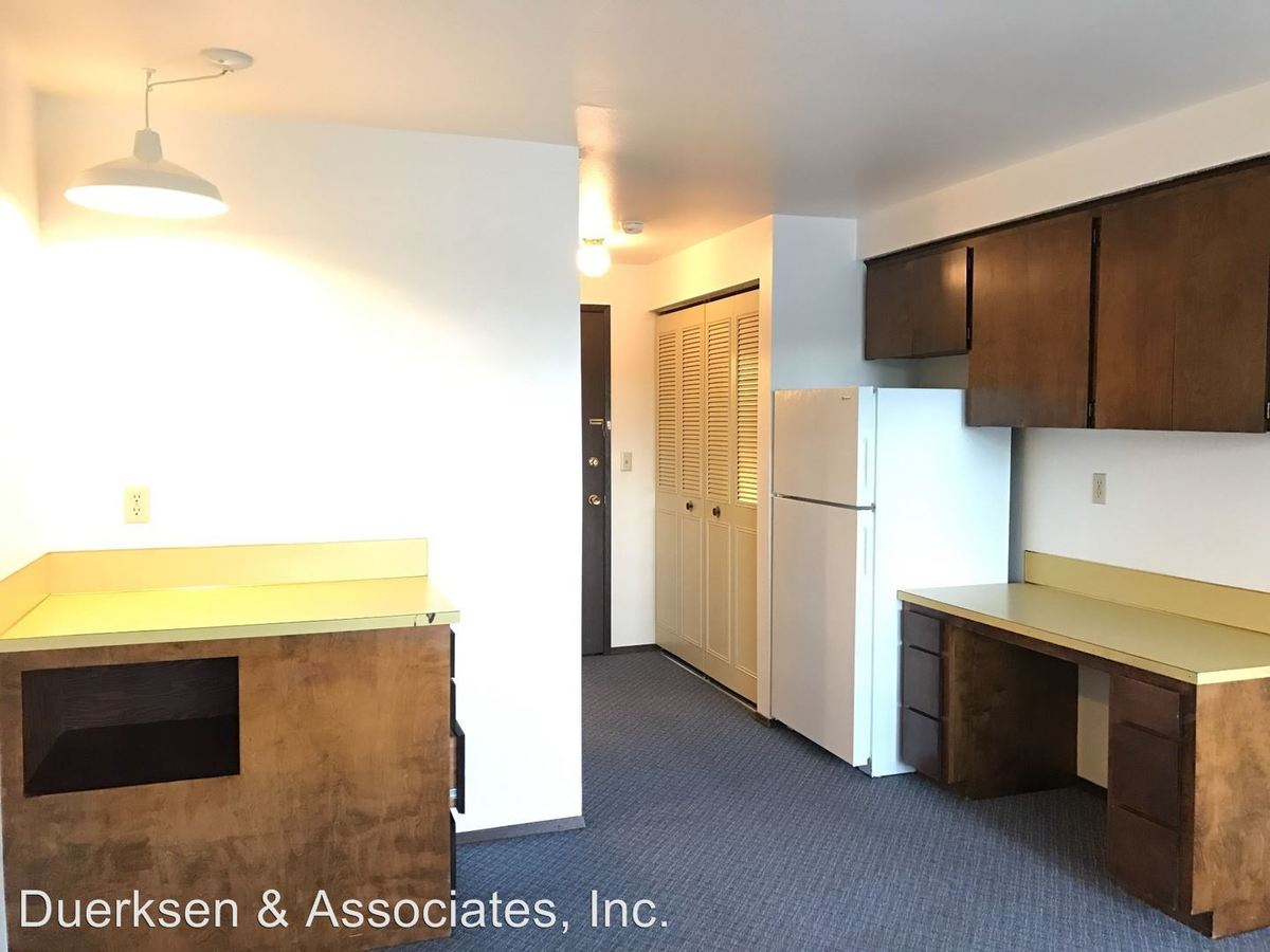 1 Bedroom 1 Bathroom Apartment for rent at 697 Jefferson St Se #1 - 10 in Albany, OR