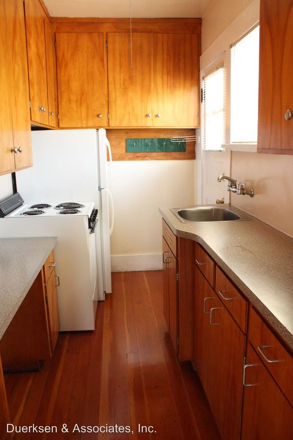 1 Bedroom 1 Bathroom Apartment for rent at 231 - 233 Nw 13th St in Corvallis, OR