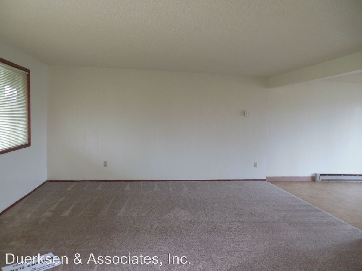 3 Bedrooms 2 Bathrooms Apartment for rent at Lageraldea Manor 115 20th #1-6, 2021 Applegate #1-8 & 2014 Main #1-6 in Philomath, OR