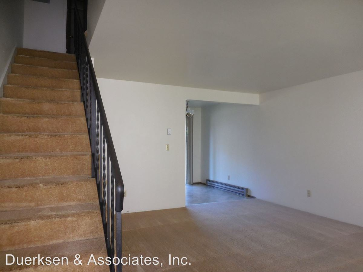 2 Bedrooms 1 Bathroom Apartment for rent at 108-114 Ne Conifer in Corvallis, OR