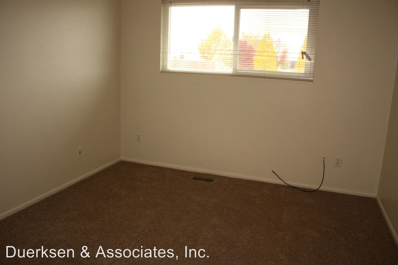 2 Bedrooms 1 Bathroom Apartment for rent at 917-945 22nd Ave Sw in Albany, OR