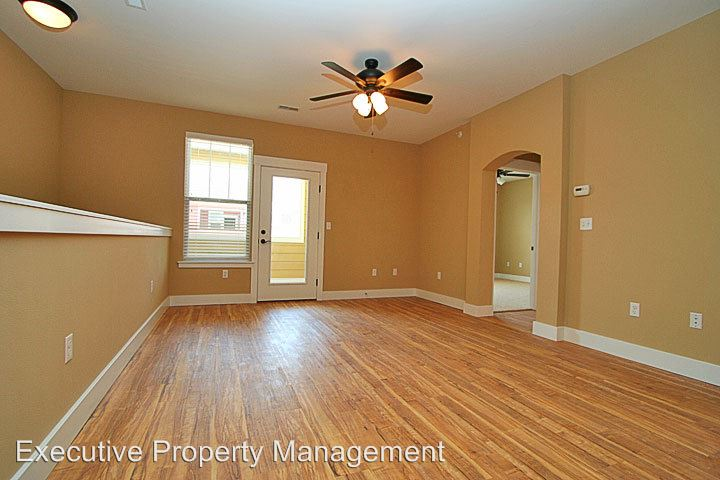 1 Bedroom 1 Bathroom Apartment for rent at 2007 Walden Pond Way in Cape Girardeau, MO