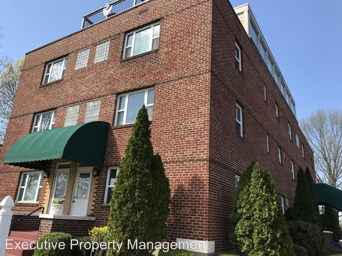 1 Bedroom 1 Bathroom Apartment for rent at 301 N Lorimier in Cape Girardeau, MO