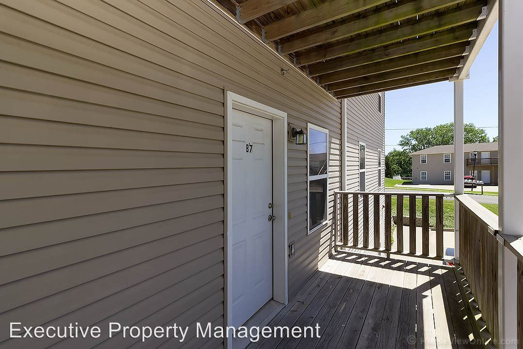 2 Bedrooms 1 Bathroom Apartment for rent at 915 N Frederick in Cape Girardeau, MO