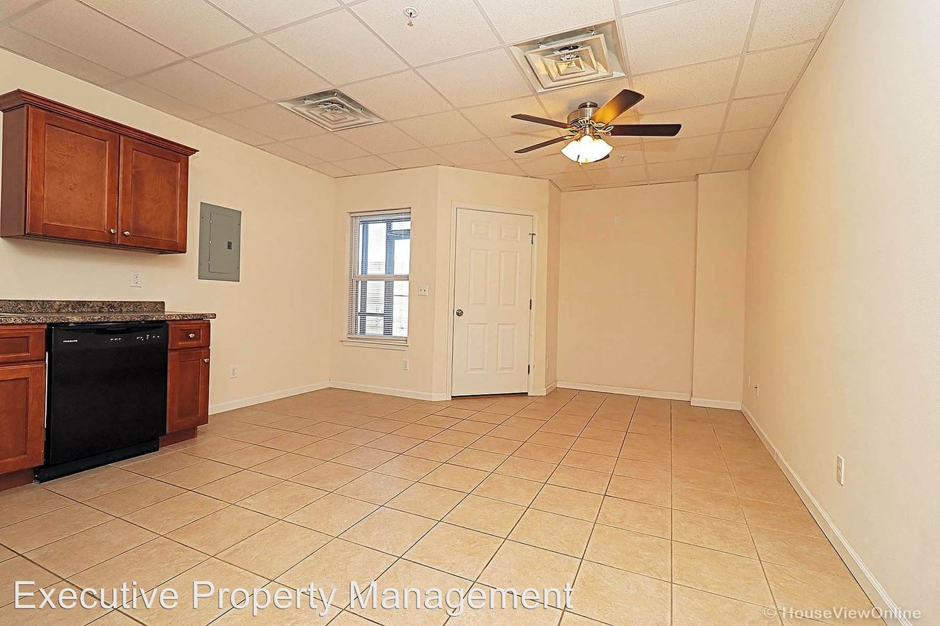 1 Bedroom 1 Bathroom Apartment for rent at 820 N Sprigg St Rear in Cape Girardeau, MO