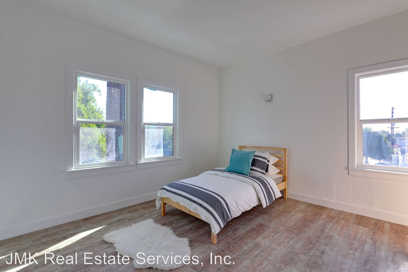 1 Bedroom 1 Bathroom Apartment for rent at 4108 Marathon Street in Los Angeles, CA