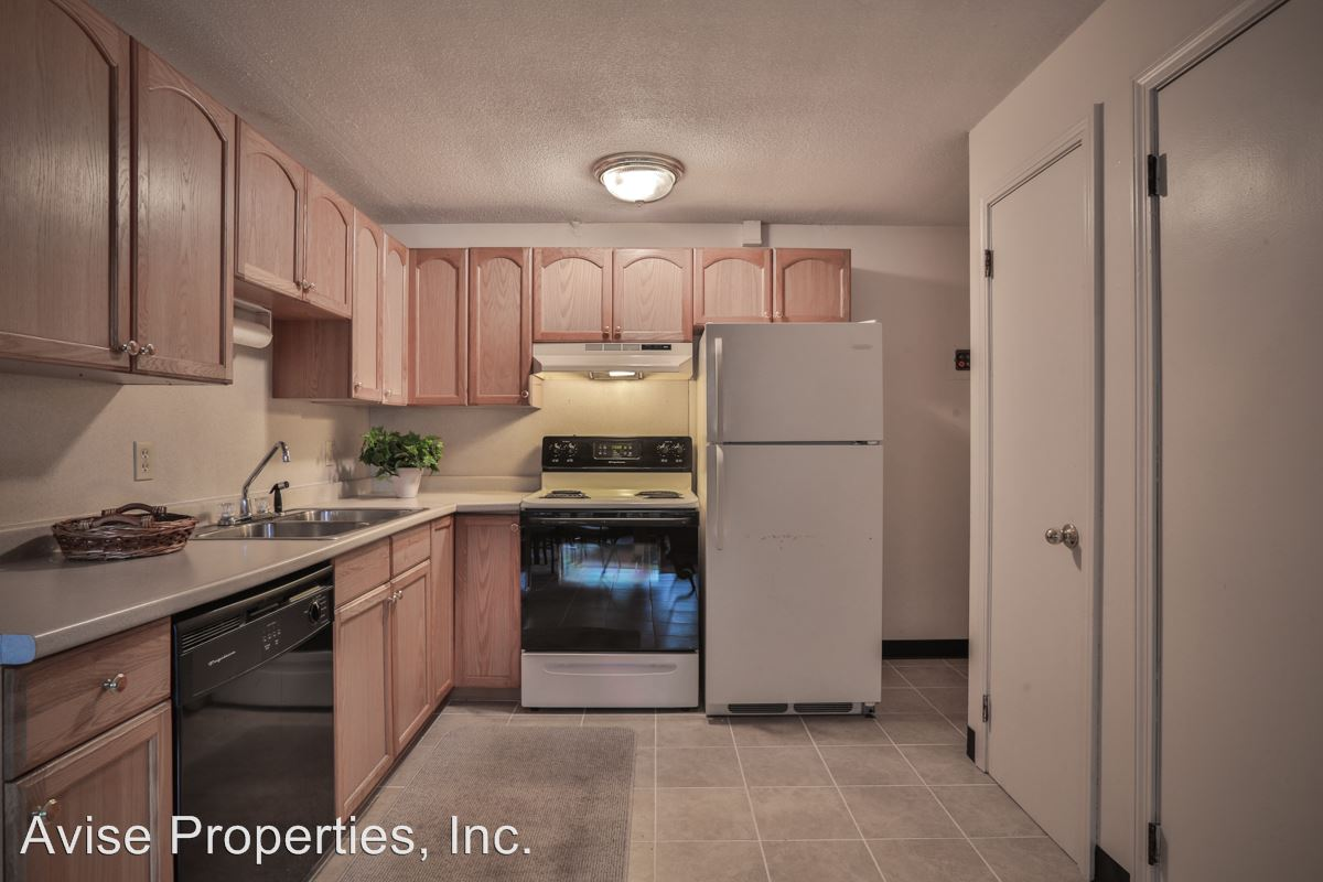 2 Bedrooms 1 Bathroom Apartment for rent at Charles & Cross Streets in Hudson, NH