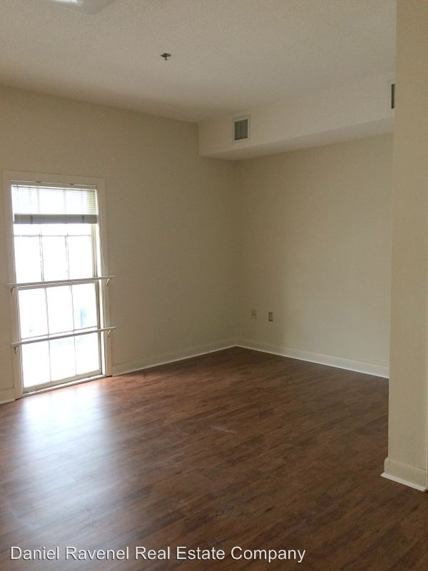 1 Bedroom 1 Bathroom Apartment for rent at 151 Calhoun Street in Charleston, SC
