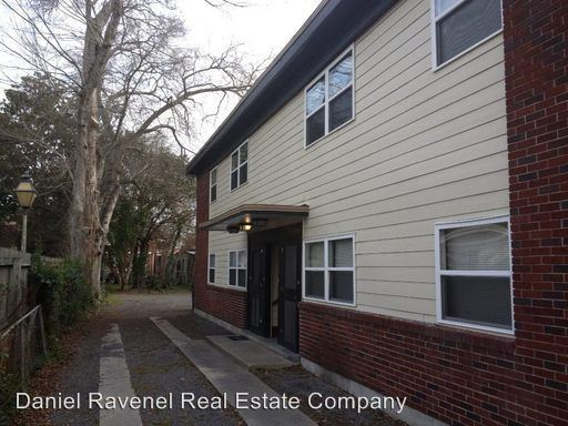 3 Bedrooms 1 Bathroom Apartment for rent at 129 Congress Street in Charleston, SC