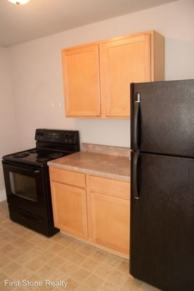 3 Bedrooms 1 Bathroom Apartment for rent at 3954 Grand Ave in St Louis, MO