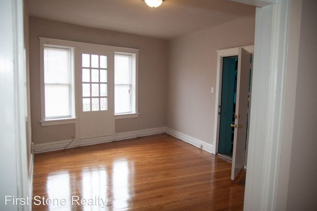 1 Bedroom 1 Bathroom Apartment for rent at 3954 Grand Ave in St Louis, MO