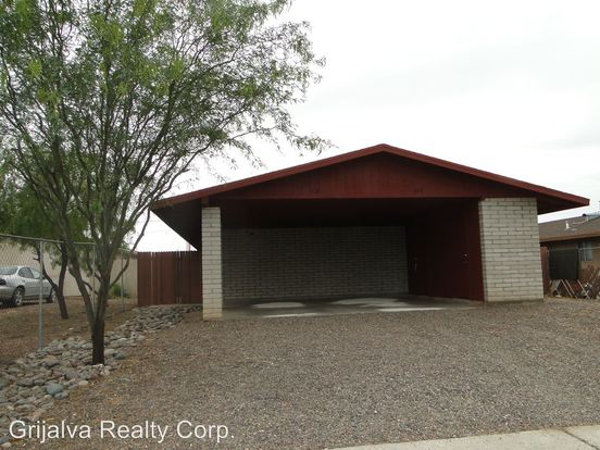 2 Bedrooms 1 Bathroom Apartment for rent at 110 112 E. Elm in Tucson, AZ