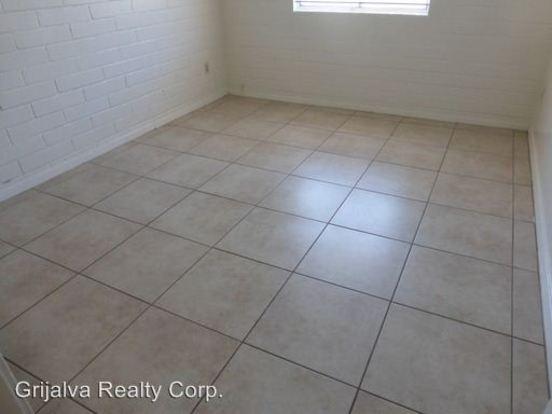 2 Bedrooms 1 Bathroom Apartment for rent at 326 W Dakota St in Tucson, AZ