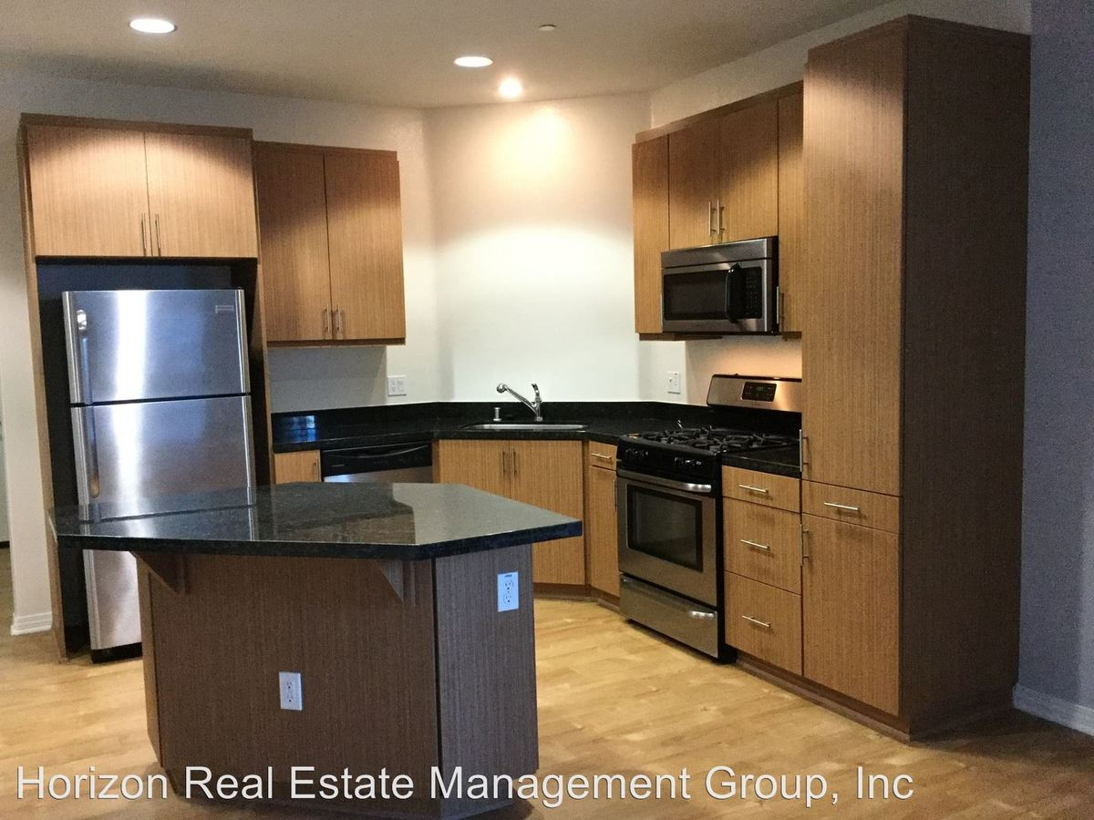 3 Bedrooms 2 Bathrooms Apartment for rent at 1408 W. Washington Blvd. in Los Angeles, CA