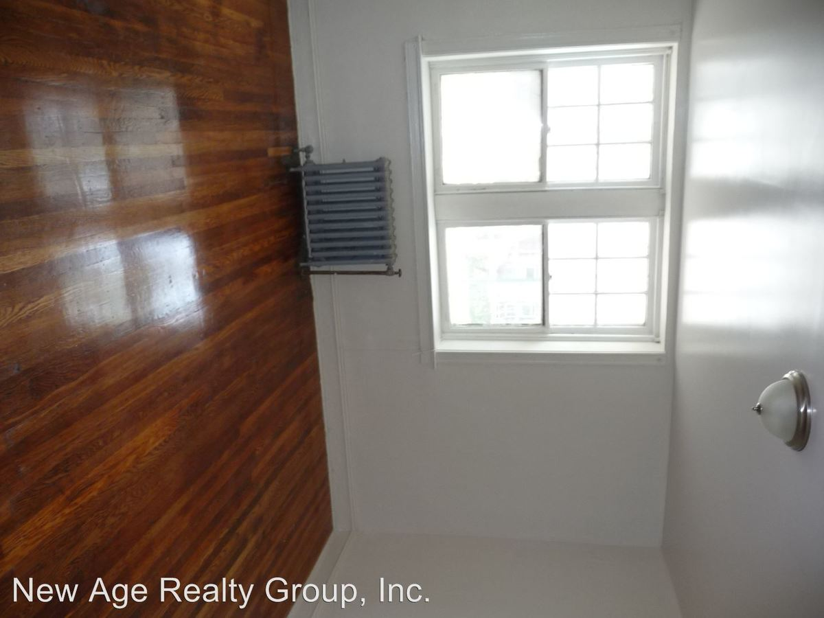 Studio 1 Bathroom Apartment for rent at 4209 Chester Avenue in Philadelphia, PA