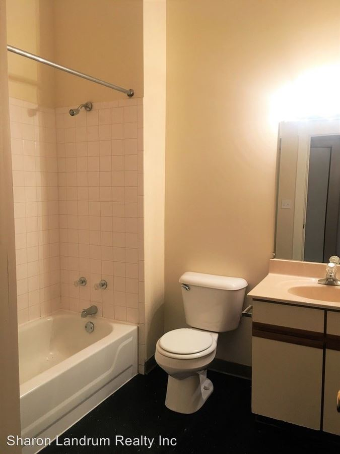 1 Bedroom 1 Bathroom Apartment for rent at 1200 So 6th St in Louisville, KY