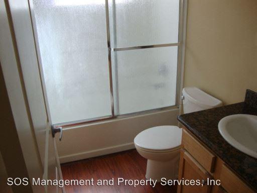 3 Bedrooms 2 Bathrooms Apartment for rent at 1717 N. Vulcan Street 1-14 in Encinitas, CA