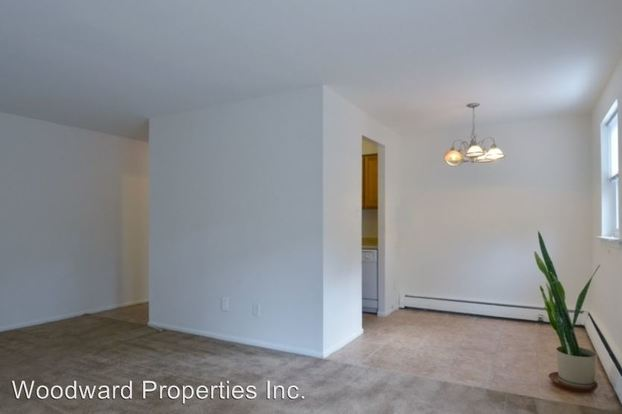 2 Bedrooms 1 Bathroom Apartment for rent at 436 S Lansdowne in Yeadon, PA