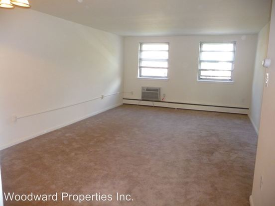 1 Bedroom 1 Bathroom Apartment for rent at 105-117 N Lansdowne Avenue in Lansdowne, PA
