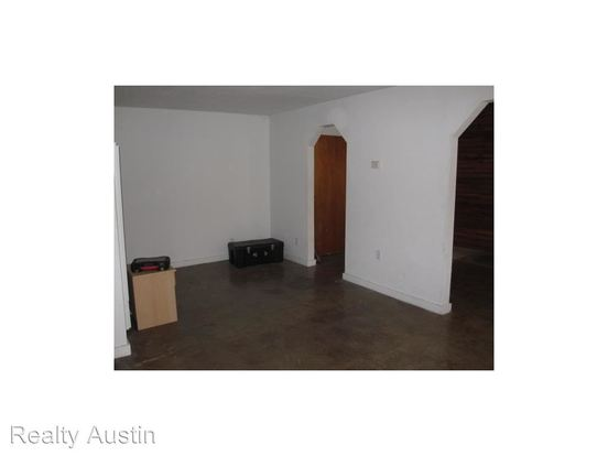 Studio 1 Bathroom Apartment for rent at 4306 Avenue B in Austin, TX